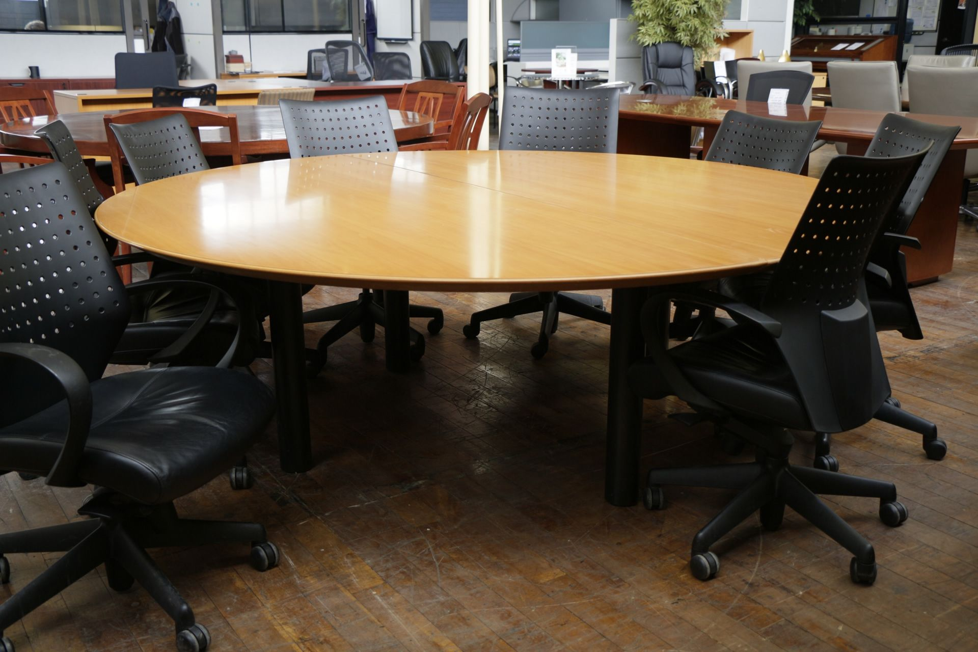 Round Conference Table And Chairs Httparghartscom - 36 round conference table