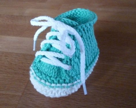 kostenlose strickanleitung f r moderne babyschuhe free pattern for cool baby bootee. Black Bedroom Furniture Sets. Home Design Ideas