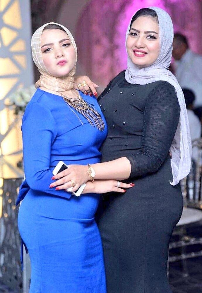 Pin Oleh Md Remme Di Hot Hijabi Wanita Berlekuk Mode Wanita Perempuan