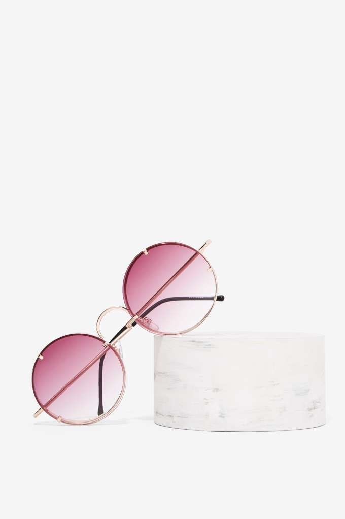 Spitfire Poolside Circle Shades | Shop Accessories at Nasty Gal!