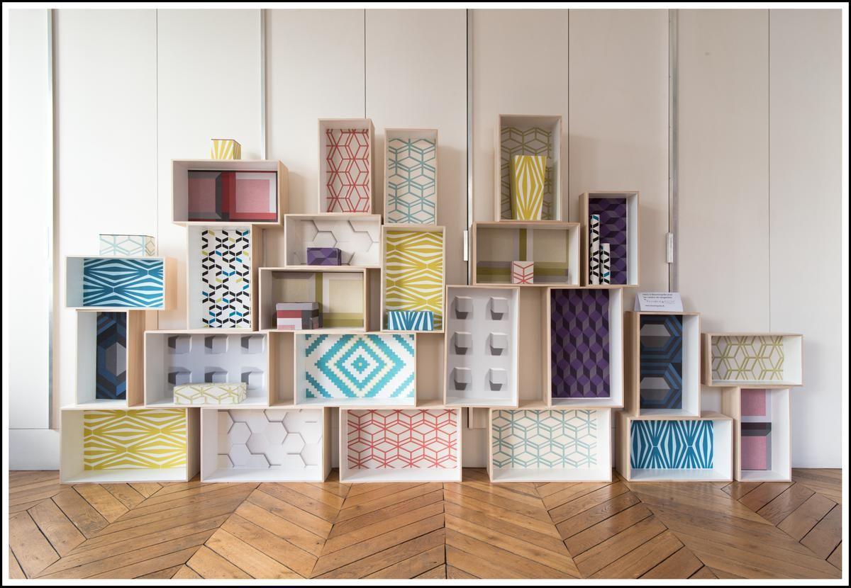 et si on mettait du papier peint ailleurs que sur les murs decoration interiors and drawers. Black Bedroom Furniture Sets. Home Design Ideas