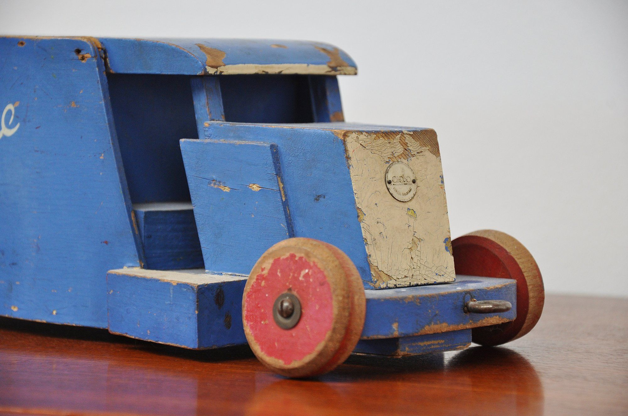 ado ko verzuu renbode toy car 1940 | mid mod design | wood