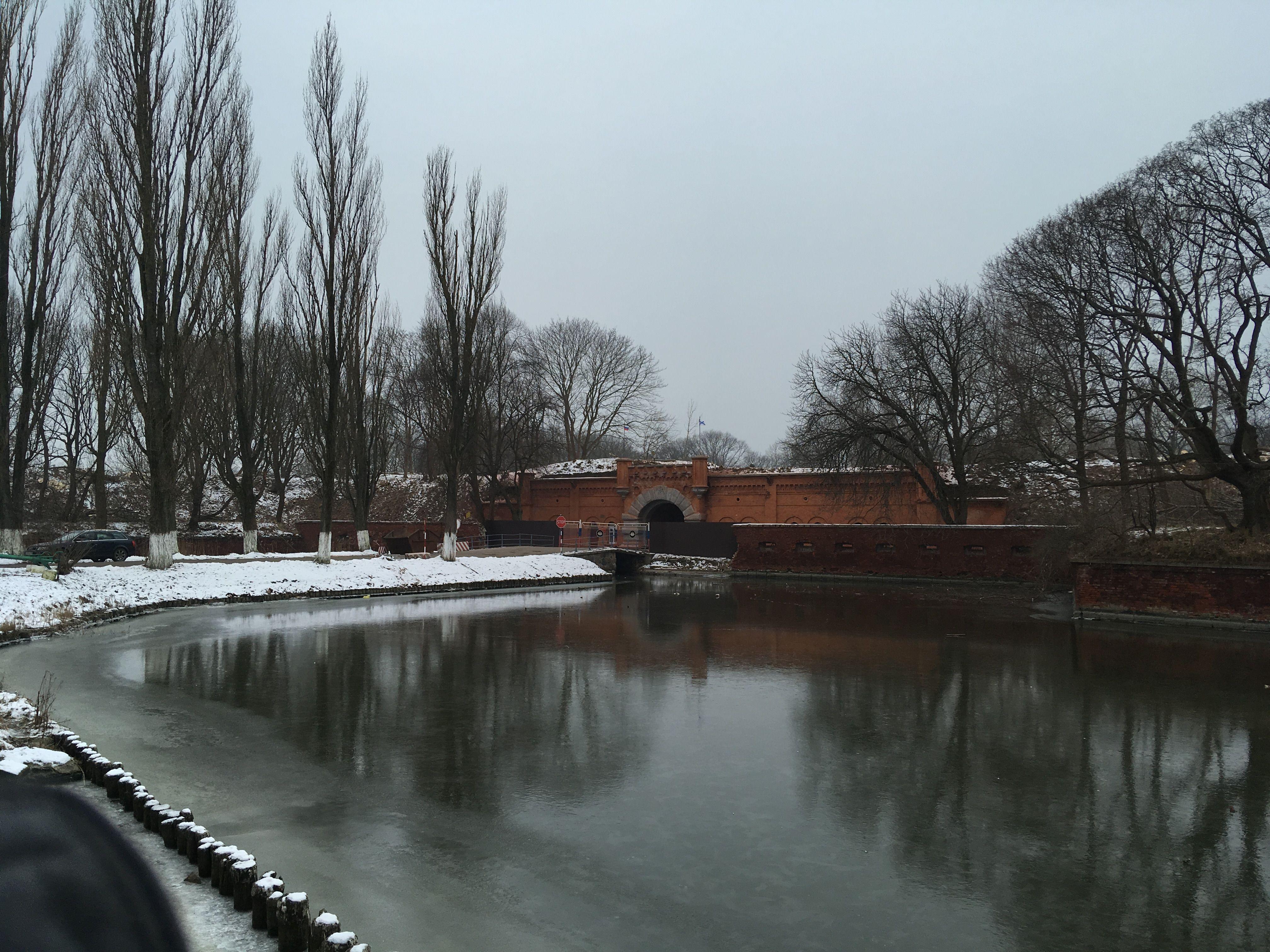 Ров крепости Пиллау. Фото: Vladimir Shveda