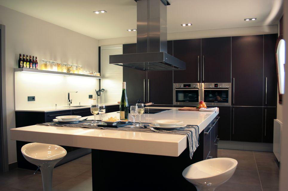 Decoracion de cocina estilo moderno dise ado por for Mobiliario moderno