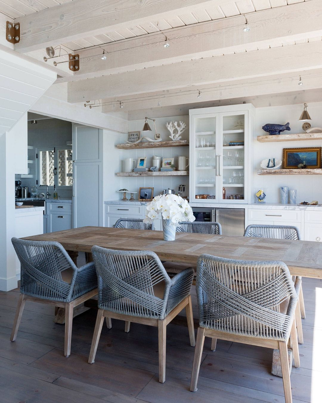 2 266 Likes 48 Comments Coastal Interiors Coastalinteriors On Instagram Not A Bad View For Breakfas Beach Dining Room Dining Room Cozy Open Dining Room