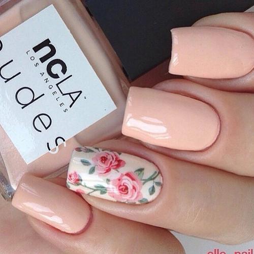 Spring neutral nail design
