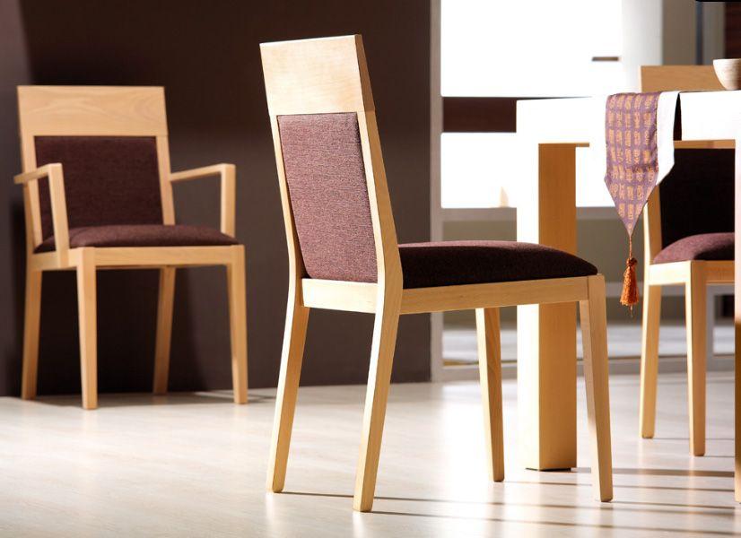 Silla de comedor con respaldo acolchado silla de comedor for Sillas de comedor modernas argentina