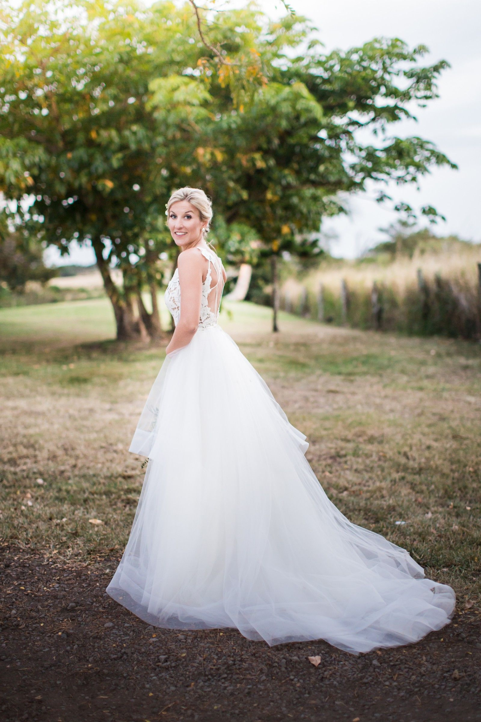 5b9467b1e80b Hayley Paige Halo Style 1600 Wedding Dress   Stizz-yle   Wedding ...