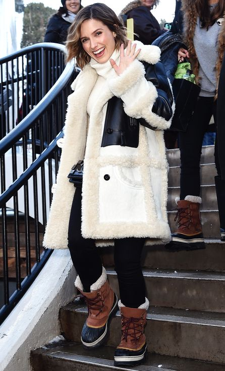 Coat Porn: 105 Celeb Outfits That Are All About the Outerwear | People - Sophia  Bush in a shearling color block coat