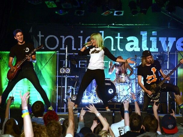 Tonight Alive - Warped Tour