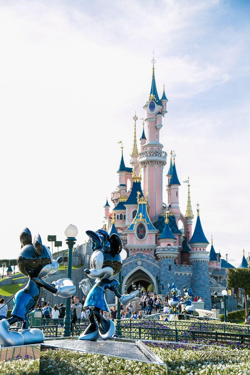 Disneyland Paris 25 Ans Son Anniversaire Mon Blog Modaliza Photographe Chateau De Disney Disneyland Disneyland Paris Noel
