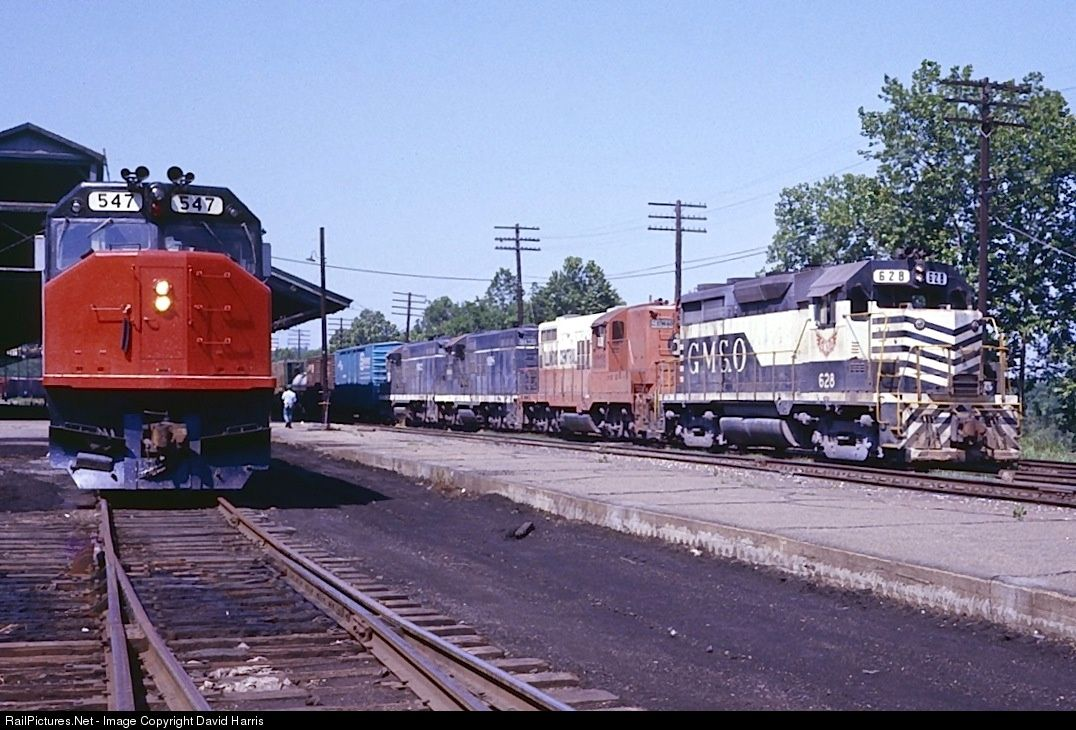 Photo AMTK 547 Amtrak EMD SDP40F at