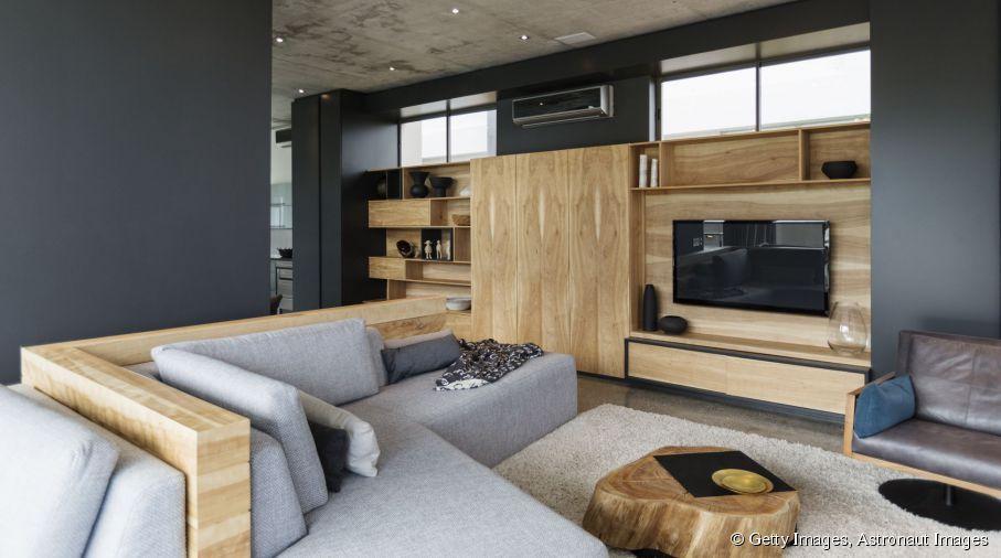 Vous voulez peindre un mur en gris ? Combinez-le à du mobilier en - peindre un mur en bois