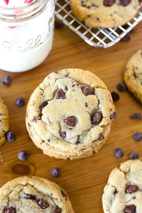 The Best Bakery Style Chocolate Chip Cookies | Recipe | Cookies recipes  chocolate chip, Chocolate chip cookies, Chip cookies