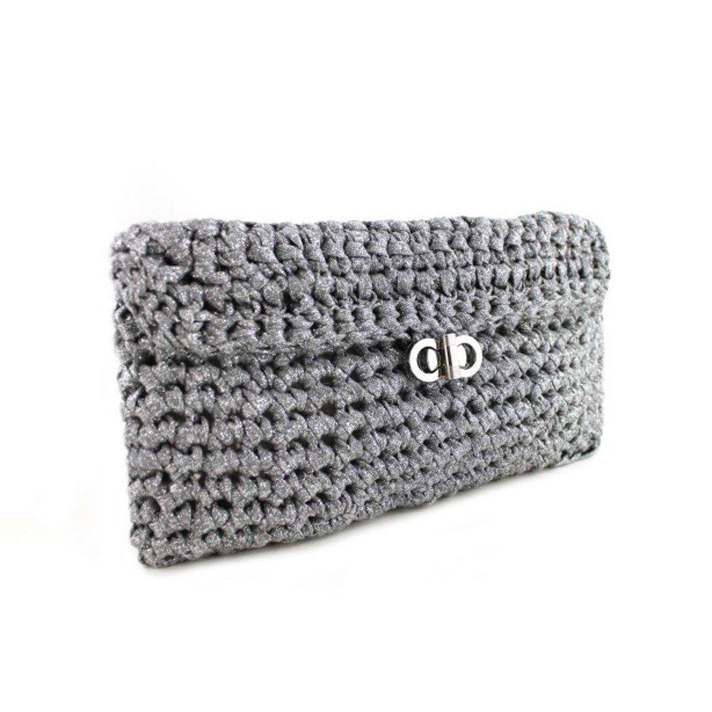 Hoooked Xxl Crochet Free Pattern For Charli Clutch Crochet Bags