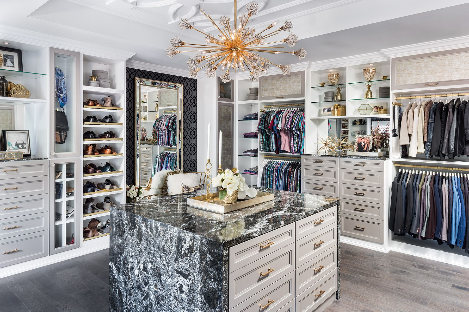 5 Tips For A Functional Walk In Closet Luxury Closets Design Modern Houses Interior Luxury Living Room