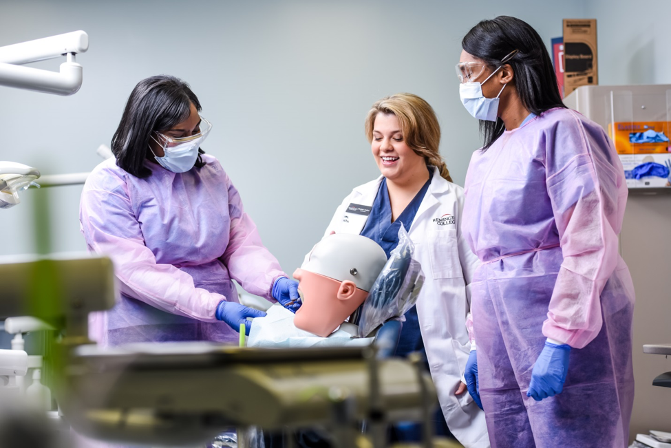 5 Skills to Succeed in a Dental Assisting Position