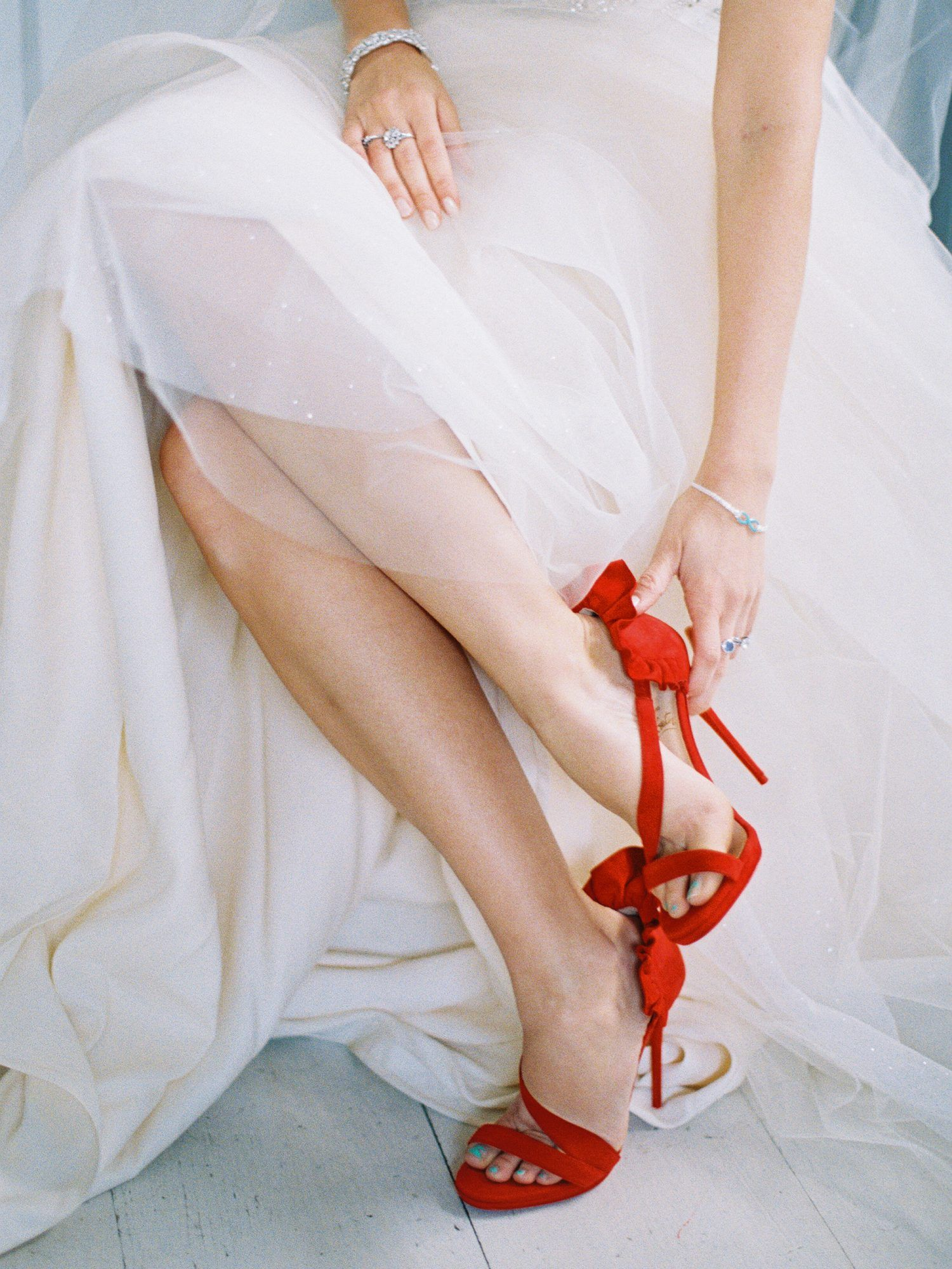 20 Bold Ideas for a Red Wedding Color Palette