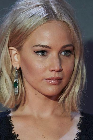 The Hunger Games Mockingjay Part 2 Madrid Premiere Jpg 395 594 Jennifer Lawrence Hair Bob Hairstyles Hair Styles