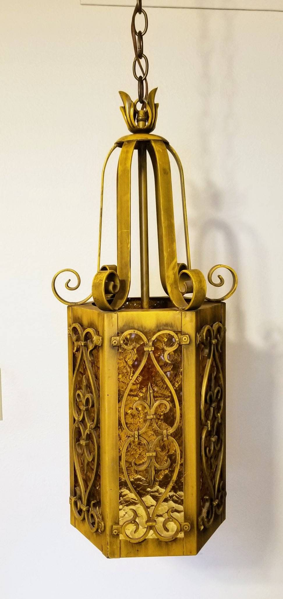 Retro Swag Hanging Lamp Enameled Metal Finish With 6 Pressed Etsy Hanging Lamp Amber Glass Metal Lamp