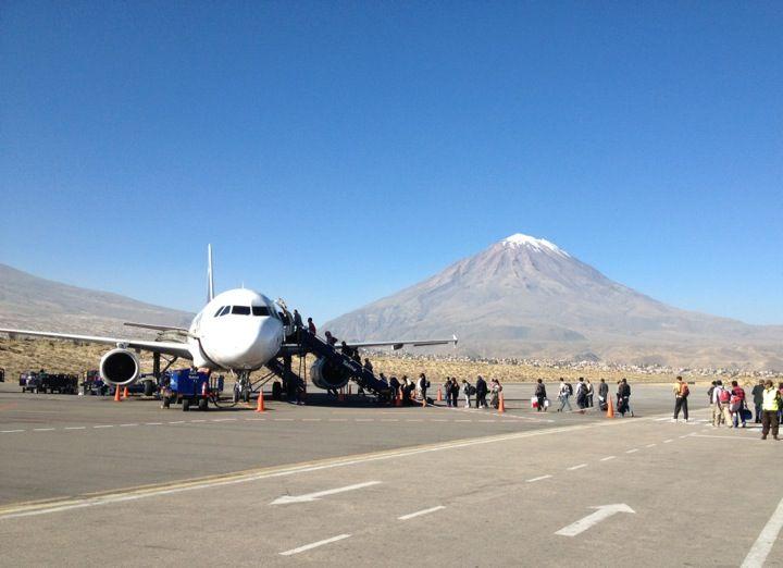 Aeropuerto Internacional Alferez Alfredo Rodriguez Ballon Aqp Passenger Jet Iata Scenic Views