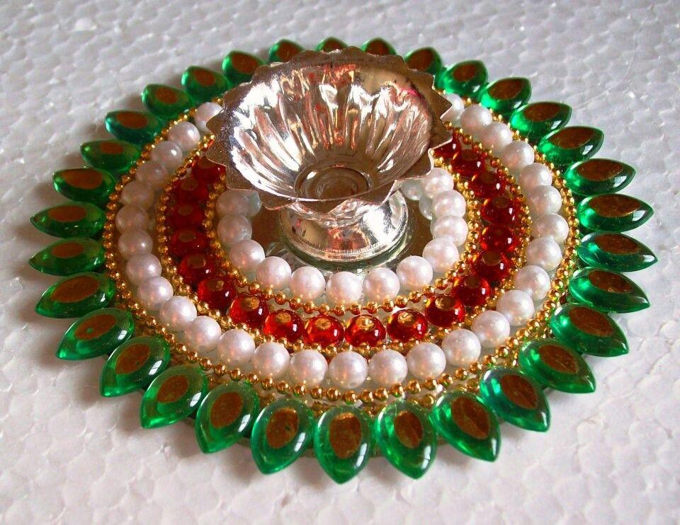 Kundan diya chaquira cuentas y pedred a manualidades for Manualidades souvenirs navidenos
