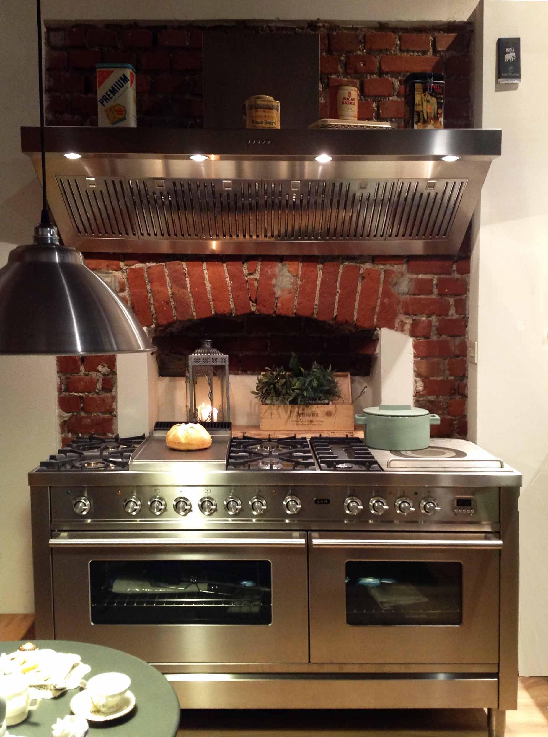 Pin di Showroom Cucine Milano su ILVE | Cucine country ...