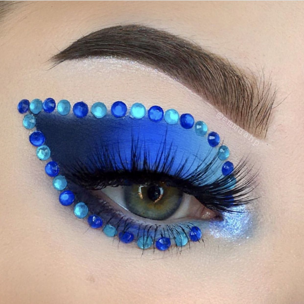 Pin by Eleanor Hayes on BEAUTY // GLAMOUR 1 in 2020