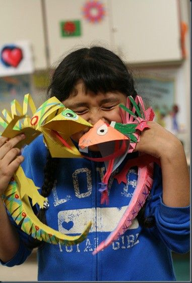 3-D Paper Lizards: made these in class.  Pop off the wall and bend just like a lizard! Super easy too