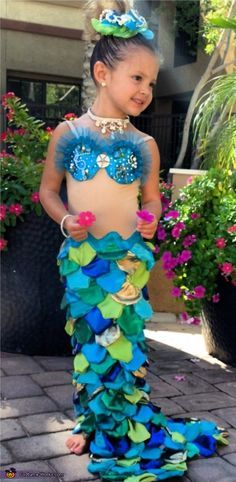 Little mermaid halloween costume contest at costume works little mermaid diy halloween costume solutioingenieria
