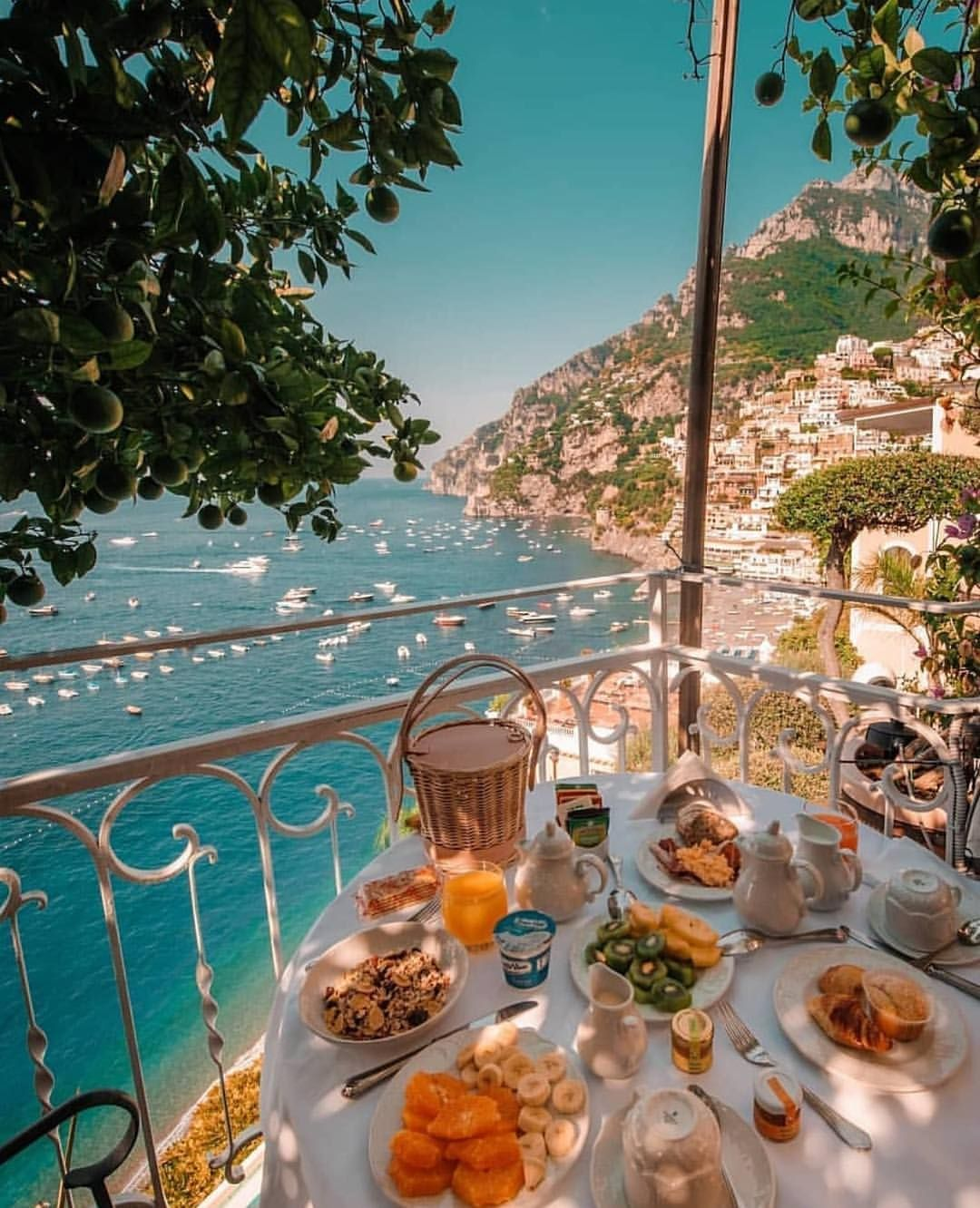 Positano Is A Hotspot For All Your Breakfast Goals Italy