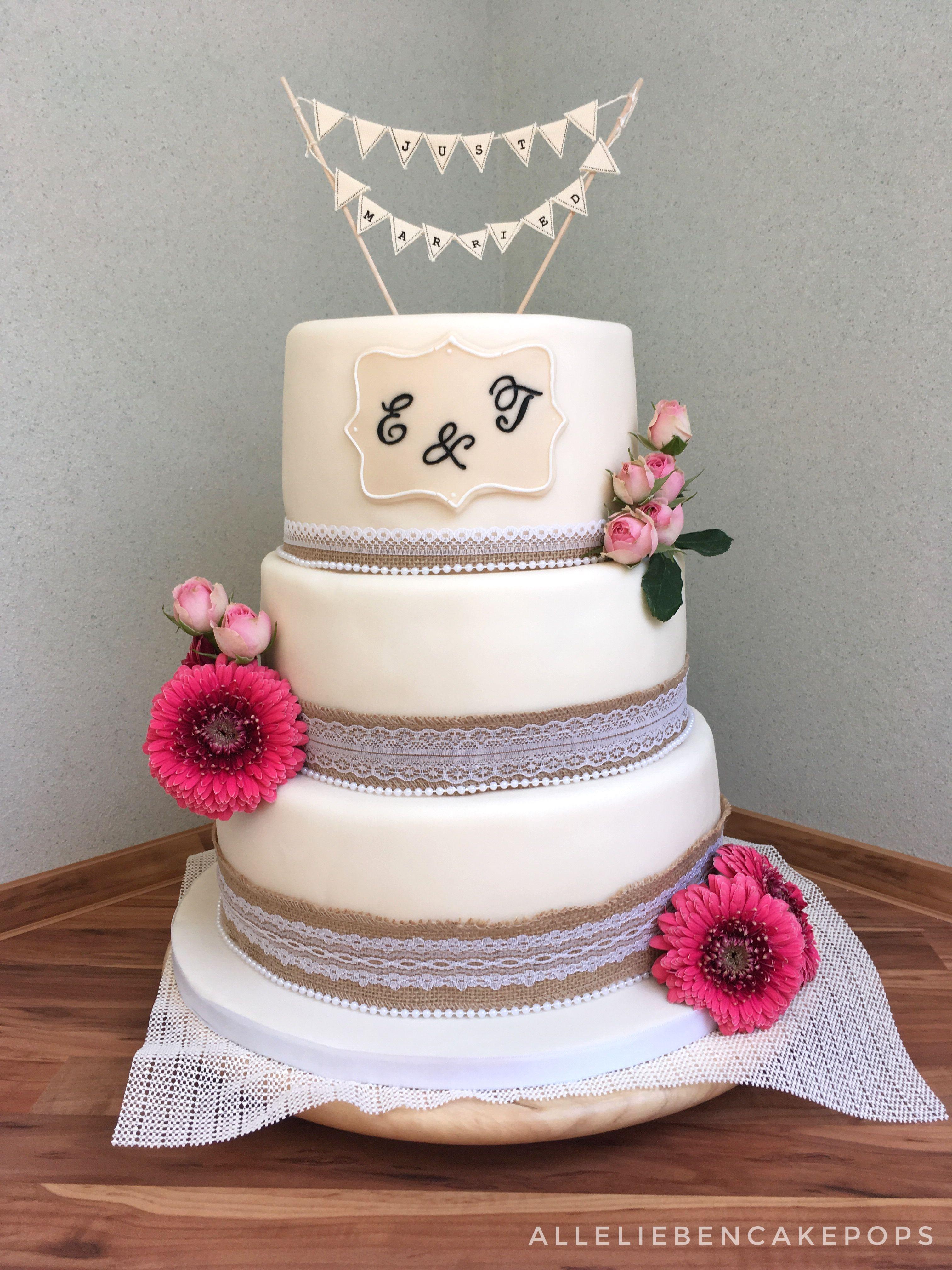 Vintage Wedding Cake Hochzeitstorte Mit Juteband Und Echten Blumen