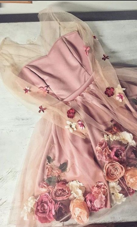 Chic A-line V neck Hand-Made Flower Homecoming Dresses Unique Short Prom Dress Long Sleeve Homecoming Dresses