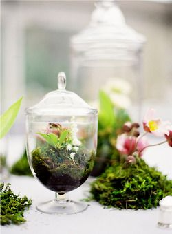 . Jen Huang Photography via Style Me Pretty Contemporary twist on  centerpiece