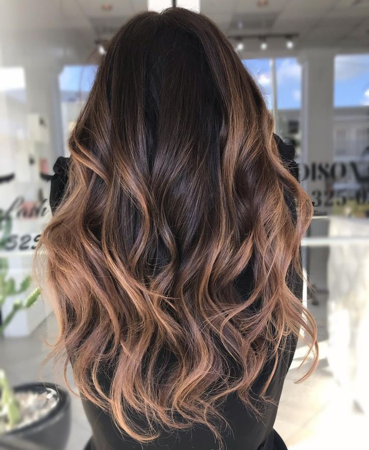 60 Looks With Caramel Highlights On Brown And Dark Brown Hair Hair Hairstyle Hairstylist Black Hair Balayage Dark Hair With Highlights Hair Color Light Brown