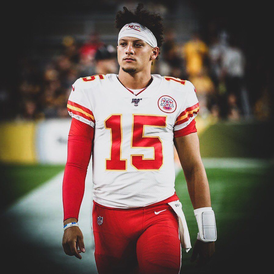 Patrick Mahomes On Instagram Chiefs Lose 17 7 Our Playoffs Hopes Are Over Kansas City Chiefs Football Kansas City Chiefs Kc Chiefs Football