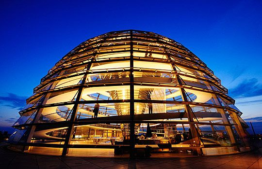 The Reichstag Dome by Ren Hui Yoong plays with ideas of dome and  transparency utilizing the