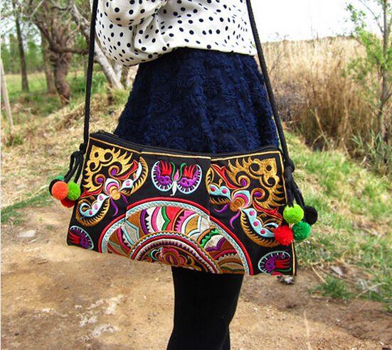 Barato Tendência nacional saco bordado étnico handmade dupla face bordado  bolsa de ombro mensageiro 5d2209e781c