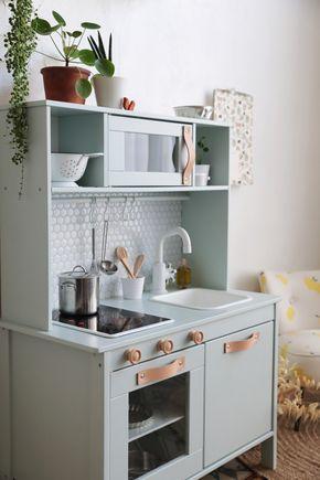 Ikea hack comment relooker la cuisine pour enfant duktig smart storage solution cuisine - Cuisinette ikea ...