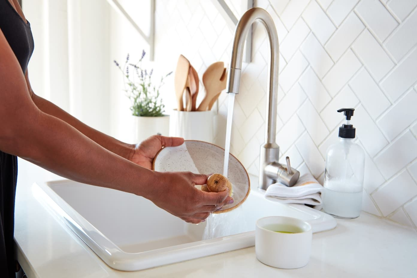 5 New Habits to Keep Your Kitchen MessFree Since You're