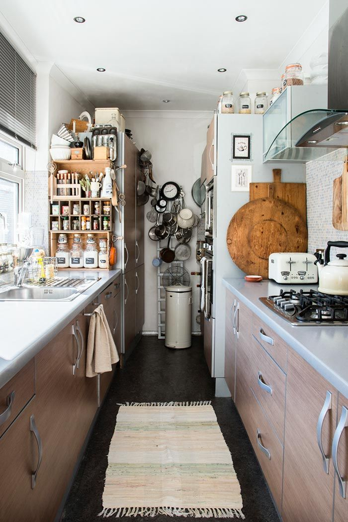 A Stylist S Small Space In Southeast London Kitchen Design Small Kitchen Interior Home Kitchens