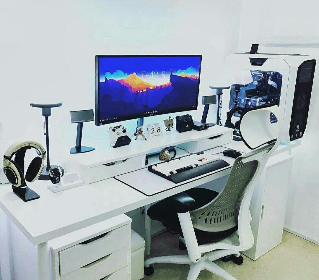 pin by eugene sabwa on edit suites workstations gaming stations pinterest desk setup. Black Bedroom Furniture Sets. Home Design Ideas