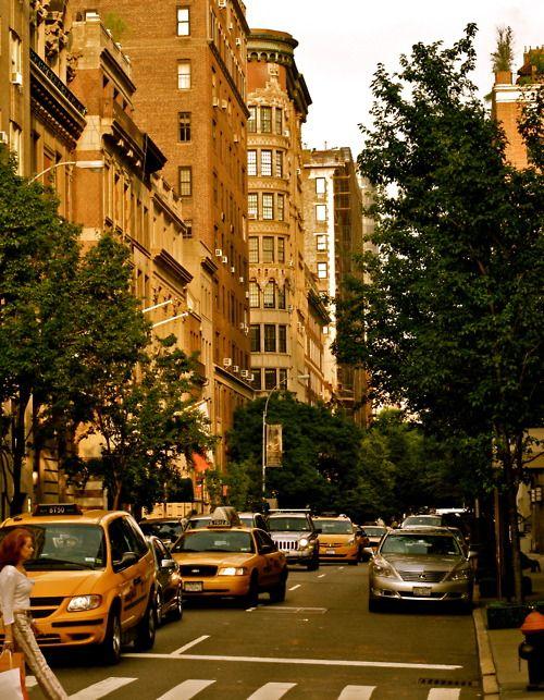 Upper East Side by Alberto Reyes