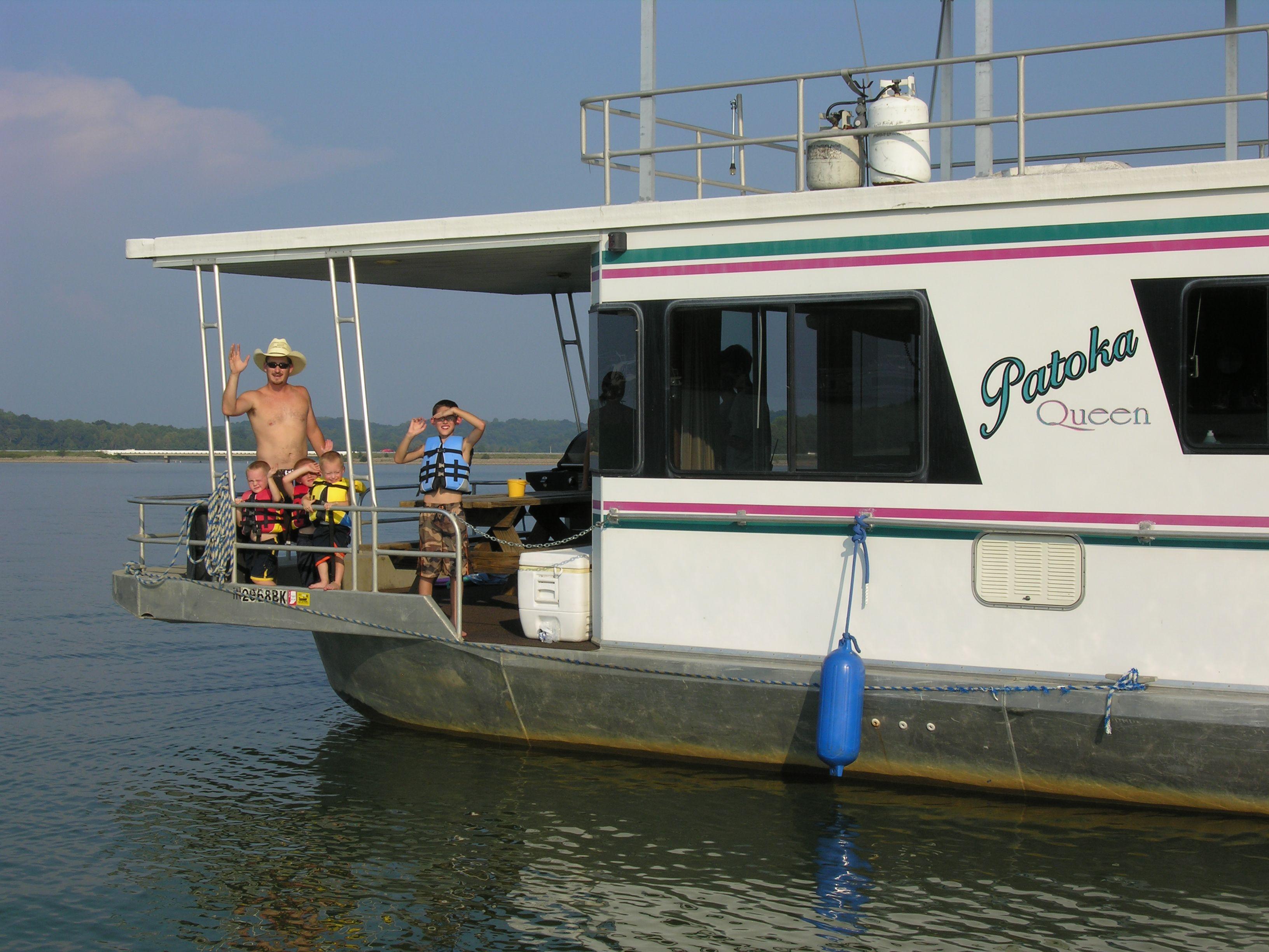 Houseboating vacations are offered at patoka lake marina