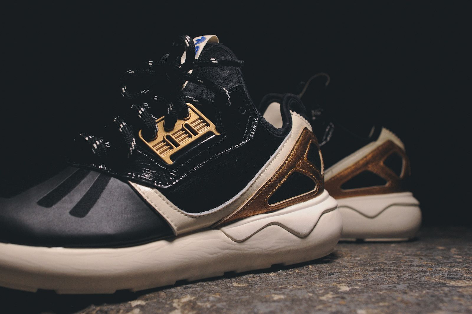 Adidas Originals Tubular Runner - Black / Gold / White