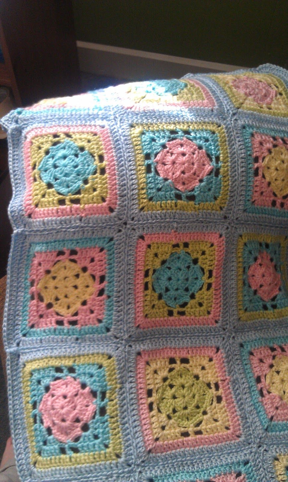 Granny manta crochet cuadrado granny y ganchillo pinterest spring fling granny square blanket free crochet pattern by shelly of missed stitches squares measure in worsted weight yarn with hook bankloansurffo Image collections