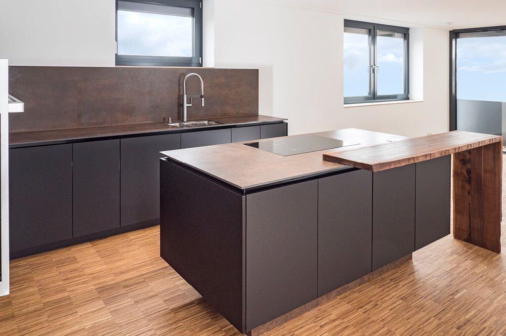 Küche, Schwarz matt, Neolit Keramik Arbeitsplatte