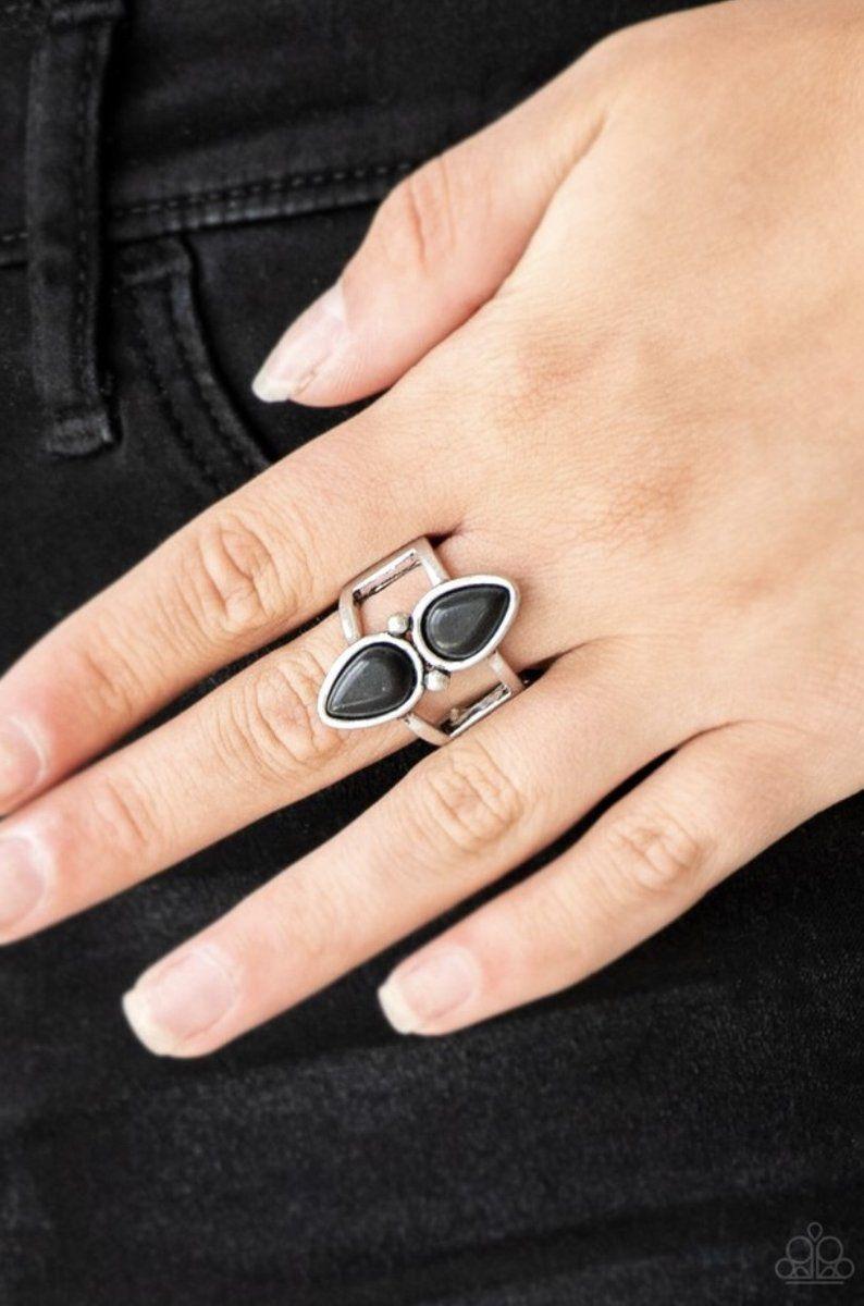 Paparazzi Simply Saharan Ring Black Stones Cynthia Dazzling 5 Bling Black Stone Ring Black Rings Paparazzi Accessories