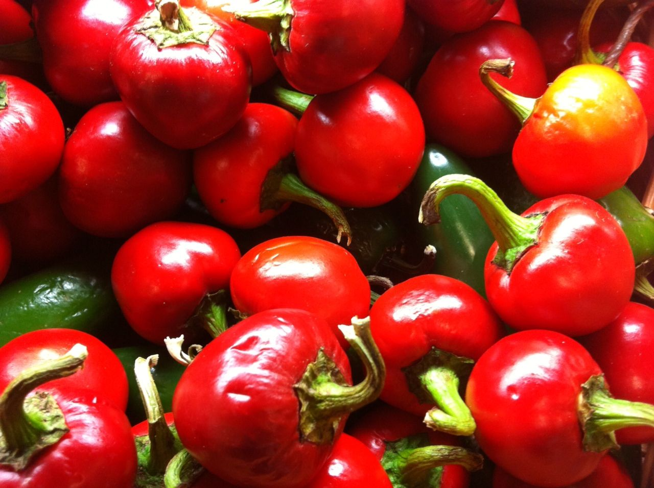 Morrones Heart healthy, Healthy red, Red food