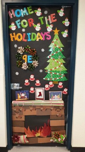 Christmas door decorating contest puertas del aula for Decoraciones navidenas para puertas de oficina